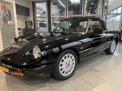 Alfa Romeo-Spider-4