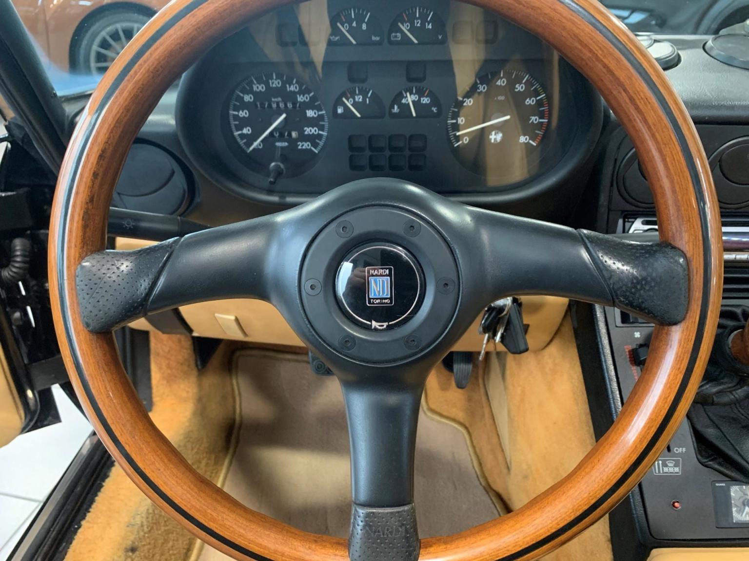 Alfa Romeo-Spider-18