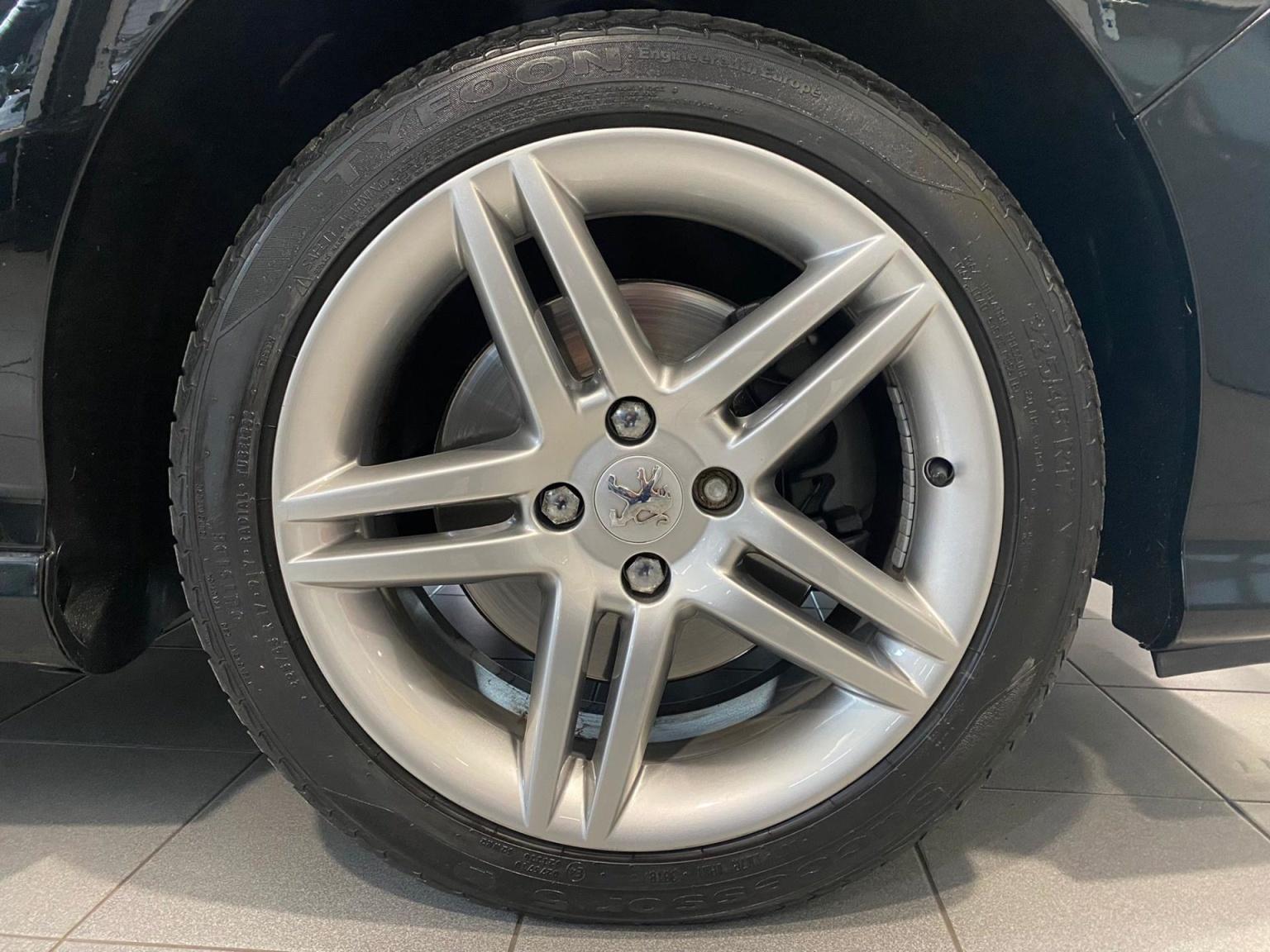 Peugeot-308-15