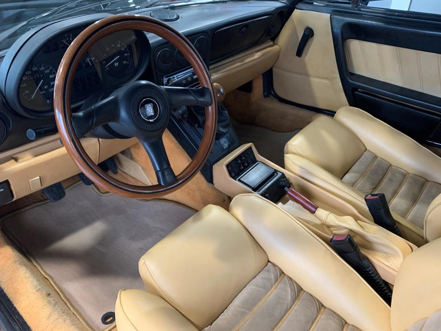 Alfa Romeo-Spider-14